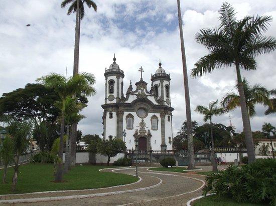 Igreja de São Francisco de Assis: vista da igreja