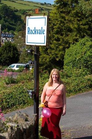 Rockvale: Add a caption