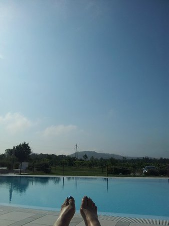 Anna Boccali Resort: View by swimming pool