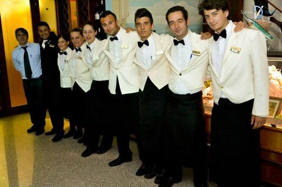 Hotel Ambassador: ecco il fantastico staff!!!