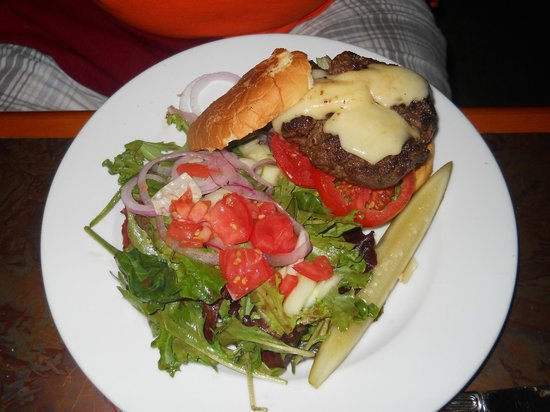 Left Bank Bistro: sirloin burger