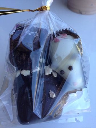 Cannon Beach Chocolate Cafe: our chocolates to go