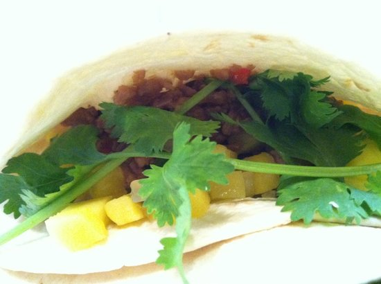 Vegans And Carnivores Unite - Seitan Tacos Recipe — Dishmaps