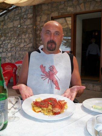 Ristorante IL Panorama  & C. Snc: Alucinado con el plato y el babero
