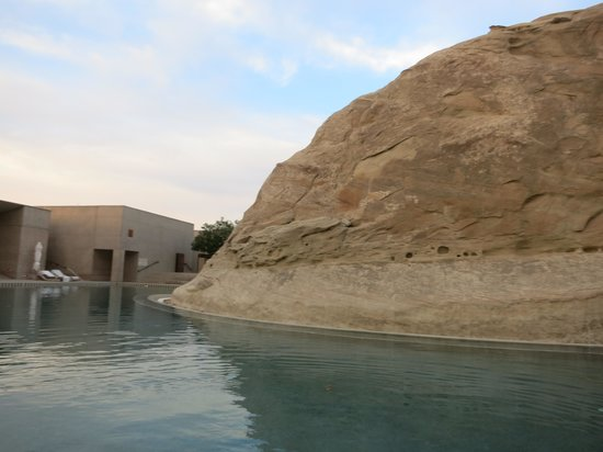 Amangiri: Canyon ending in the main lodge pool