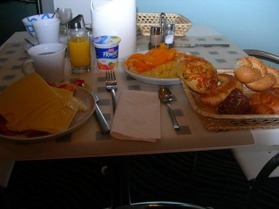 The Art Hotel Vienna : normal breakfast