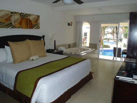 Hidden Beach Resort by Karisma: Our Room from front to back