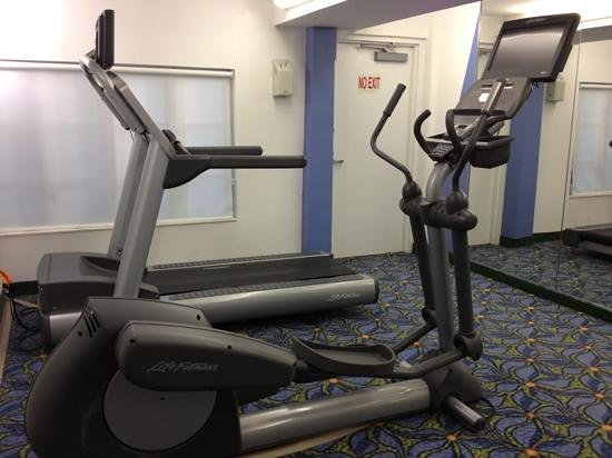 Courtyard by Marriott Miami Beach South Beach: gym