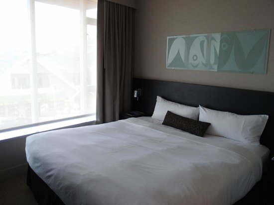 The Sidney Pier Hotel & Spa: Bedroom
