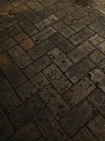 Southern Strolls: Voodoo Bricks