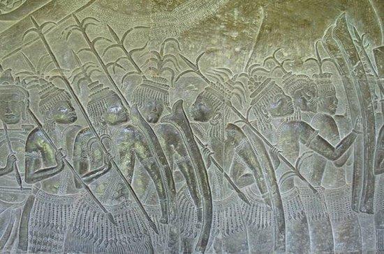 Central Prestige D'Angkor: gallery in angkor wat