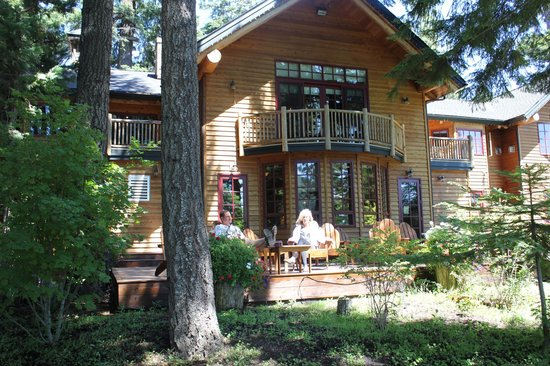 The Lodge at Suttle Lake: The hotel