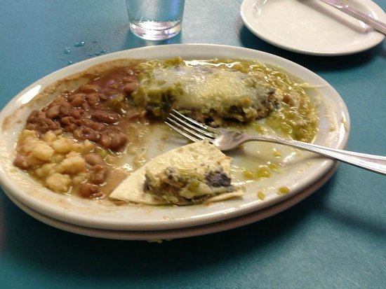 Chris' Cafe: A picture of maybe the best enchilada I've ever eaten