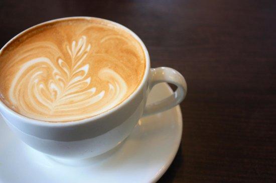 Samuel's Coffeehouse: Latte from Samuel's