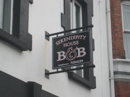 Serendipity House: Outside