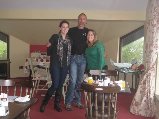 Shalom: In the breakfast room