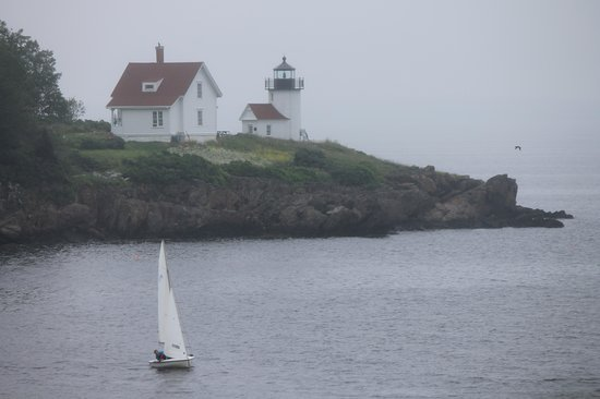 Captain Swift Inn: lighthouse