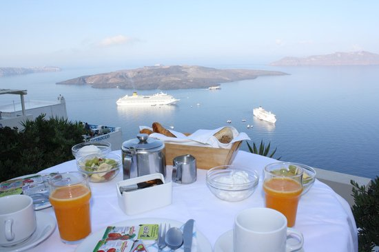 Hotel Kavalari: Breakfast with a view