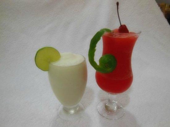 Don Anibal Restaurante Col-Mex : Limonadas Natural,Cerezada y Coco