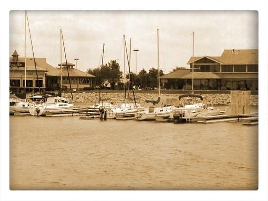 Hefner Lake & Park: the marina