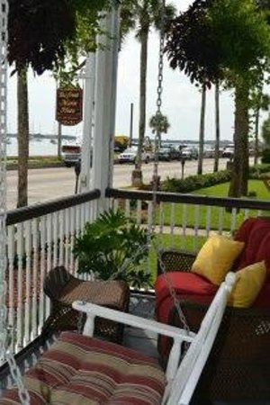Bayfront Marin House Historic Inn: The King George's private porch, with water views.