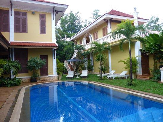 La Villa Coloniale: Pool area