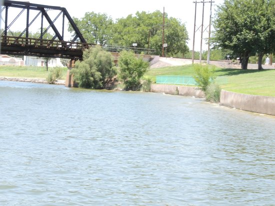 Pecos River: View from the River Cruise