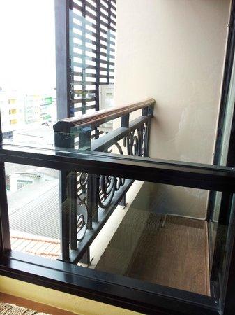 Chalelarn Hotel Hua Hin: Little balcony