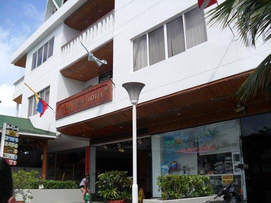 Hotel Lord Pierre: Hotel-entrada