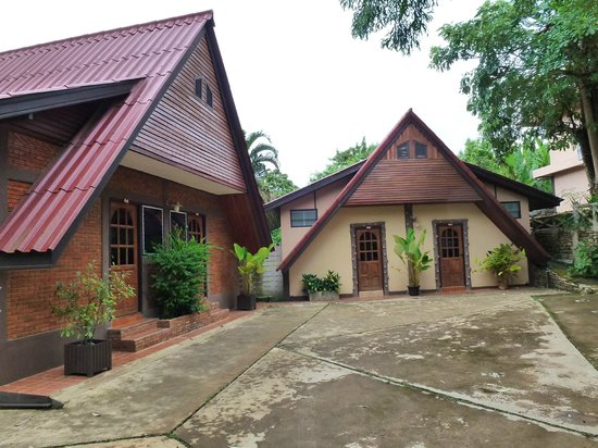 Chomphu Phukha Corner Resort : Some of the Rooms