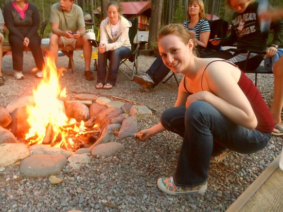 Reclusive Moose Cabins: Family time around the fire pit