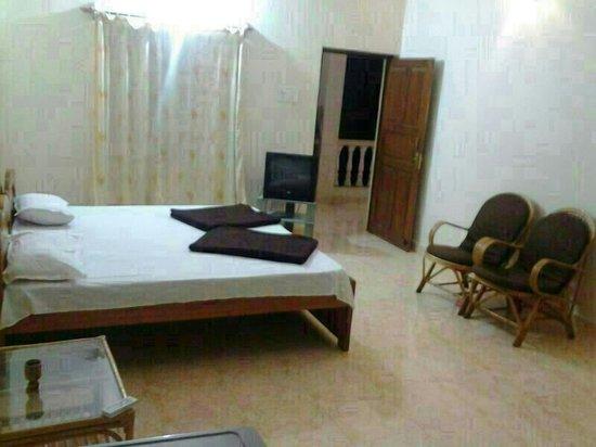 Ac Bedroom Picture Of Eli Holidays Calangute Tripadvisorrhtripadvisorcouk: Ac For Bedroom At Home Improvement Advice