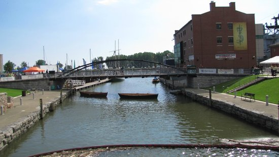 Hostel Buffalo-Niagara: Canalside