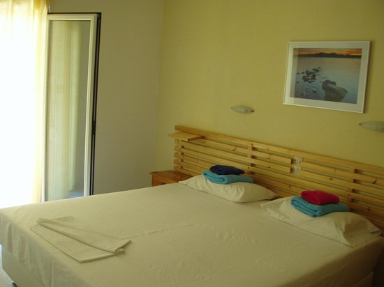 Villa Kavourakia: studio  with double bed
