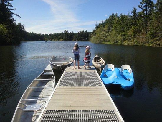 Lakedale Resort at Three Lakes: Fishing & boats