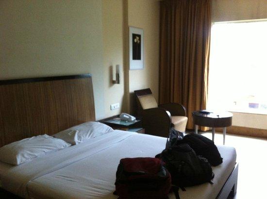 Deccan Rendezvous: The room