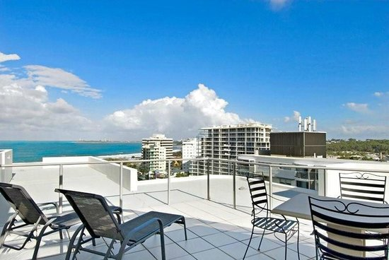Silver Sea on Sixth: 802 Sub Penthouse Exclusive use balcony area