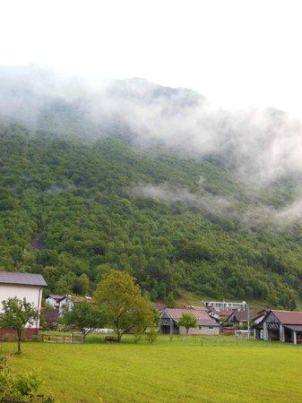 Apartmajska hisa Blazar: vue sur le village de volarje