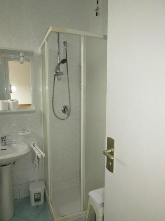 Hotel Conte: Bathroom