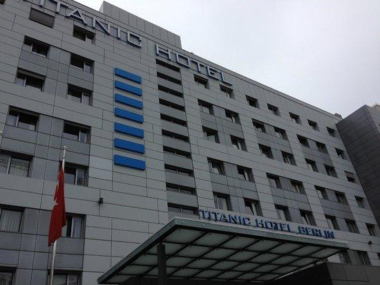 Comfort Hotel Titanic Berlin Mitte Check In