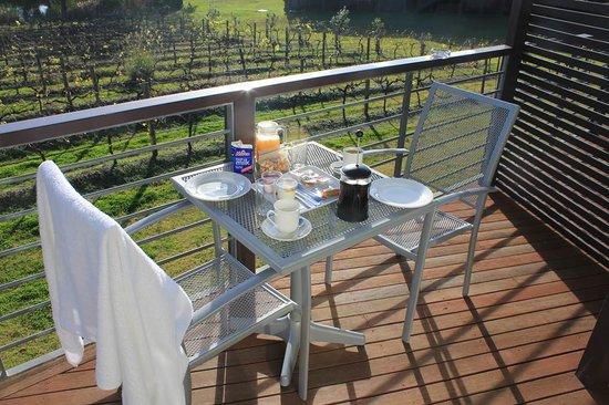 Hermitage Lodge : breakfast on the balcony