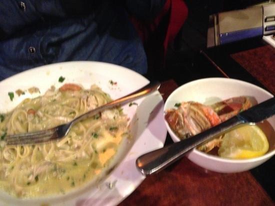 Vons Restaurant & Bar: lobster linguine
