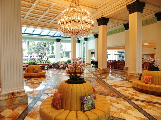 Hotel Foyer : Hotel foyer picture of palazzo versace main beach