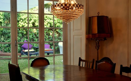 Nice Way Cascais Hostel and Surf Camp: Living Room