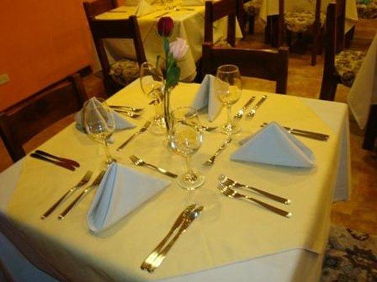 """Hotel Boutique Plaza Sucre: Presentación con buen gusto y elegancia en el Restaurante """"El Panecillo"""""""