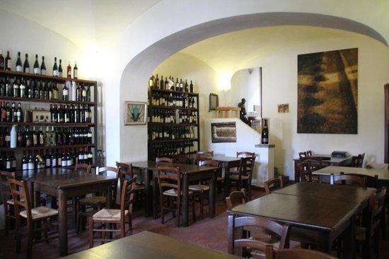 Vino e Camino: Interior of the restaurant
