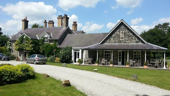 The view of Tyddyn Llan from the front