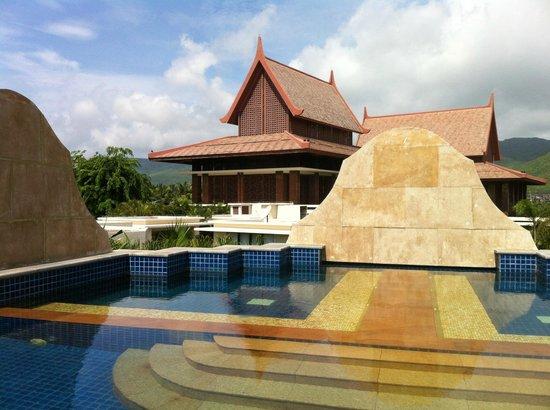 Pullman Sanya Yalong Bay Villas & Resort: hotel swimmingpool