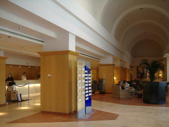 Hilton Rome Airport Hotel: la vostra hall