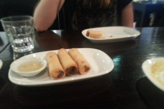 Thai Splendid: spring rolls just ok